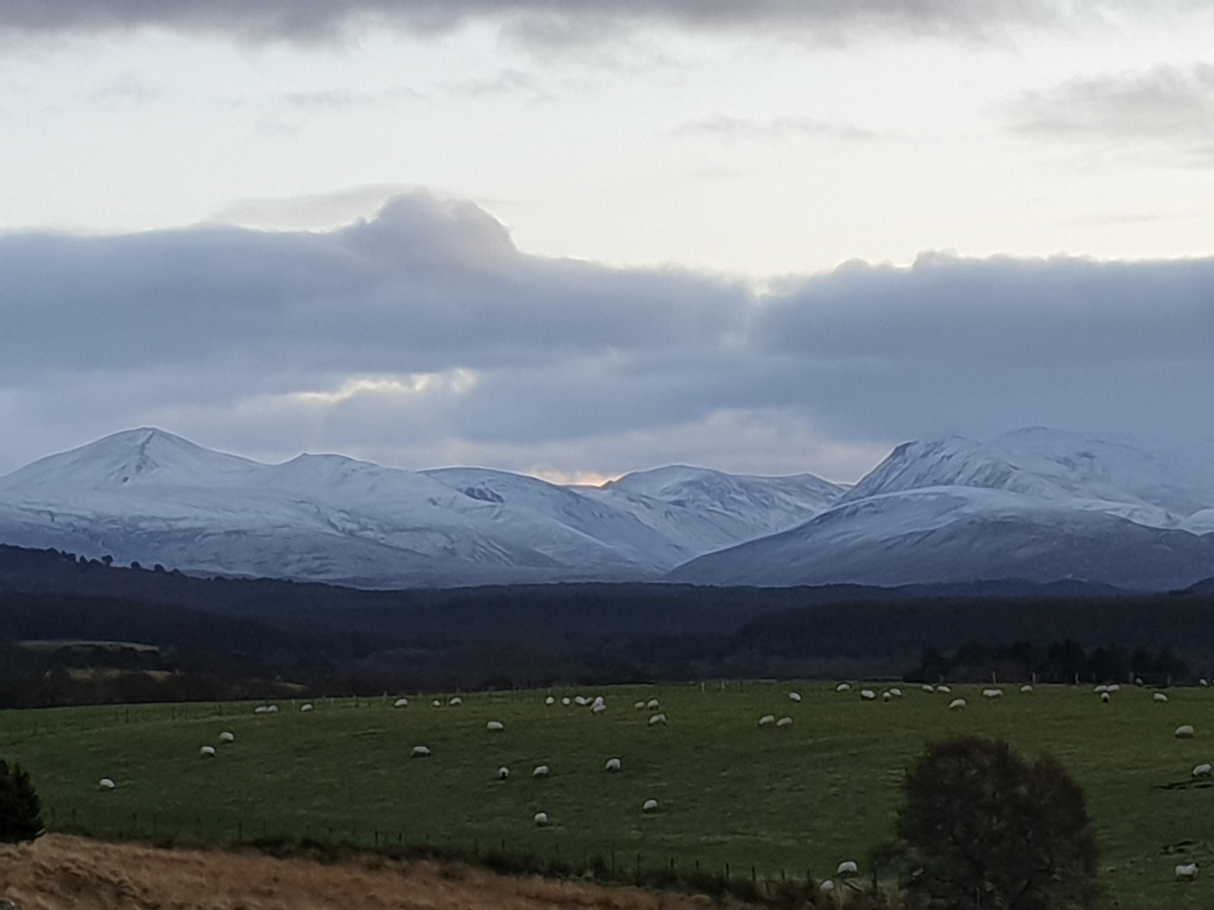 de Cairngorms gisteren bij zonsondergang